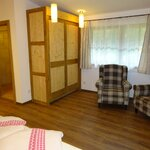 Photo of Double room, shower, toilet, balcony | © Pension Tannenhof - Leogang